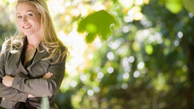 Mode féminine : des conseils pour bien porter le kaki