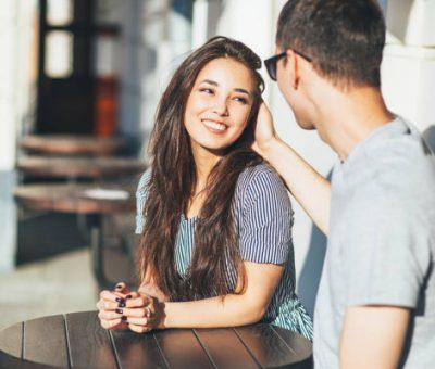 Les relations amoureuses entre adolescents
